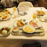 朝食 翌日もずっと雨・・・